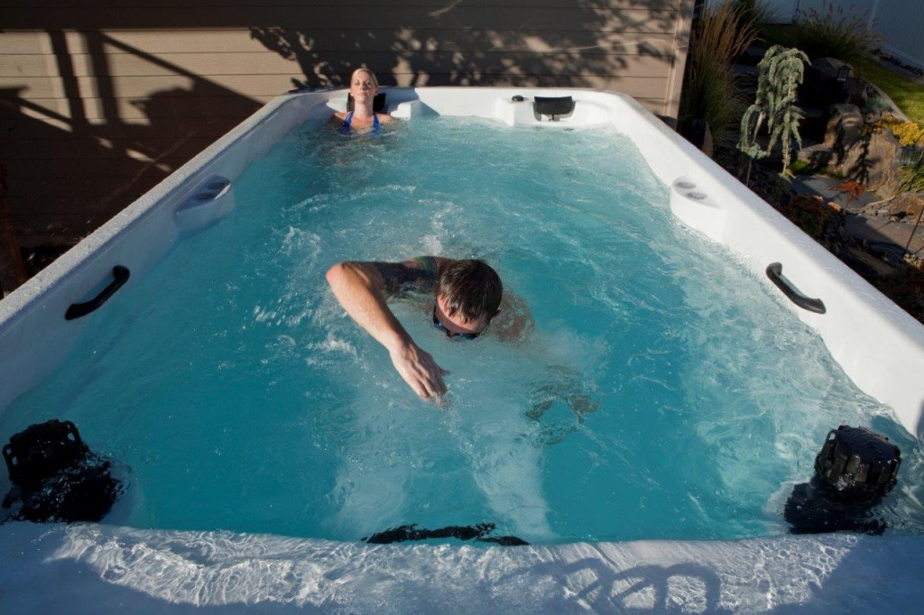 Man kan svømme mange velgjørende lengder i et Swimspa/ motstrømsbasseng.