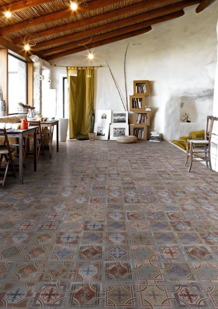 Hvert år reiser Flisesenter Vestfold til messer i Spania og Italia for å hente inspirasjon, følge med på trendene og handle inn nye produkter.