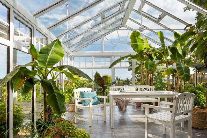 AS Plastron leverer blant annet orangerier, som er en mellomting mellom drivhus og hagestue. Foto