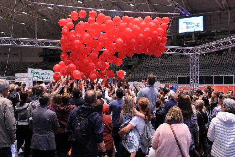 Bli med på ballongslippet – vinn flotte premier!